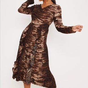 Chocolate Tiger Print Long Sleeve Pleated Dress
